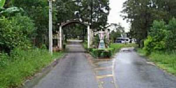 Entrada do Mosteiro da Sagrada Face em Roseira-SP-Foto:antonio roberto