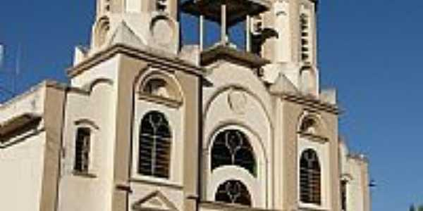 Igreja Matriz de Sant�Ana em Roseira-SP-Foto:JulioAndrade