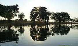 Rubin�ia - Espelho