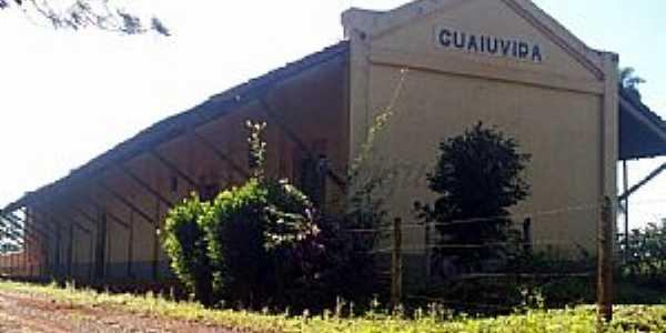Sales de Oliveira-SP-Antiga Esta��o Ferrovi�ria do Povoado Guaiuvira-Foto:Leonardo Figueiredo