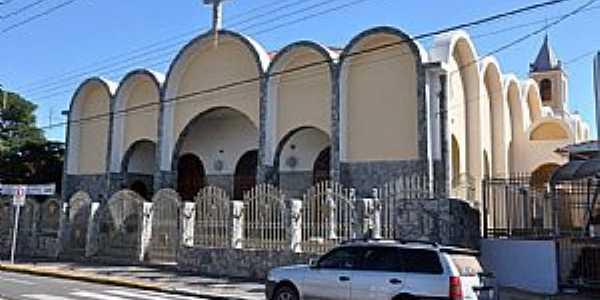 Igreja Matriz Sagrado Coração de Jesus de Saltinho - SP