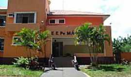Salto Grande - Escola Estadual em Salto Grande-SP-Foto:Glaure