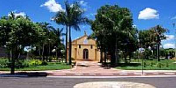 Santa Clara D´Oeste-SP-Praça e Igreja Matriz-Foto:www.cmsantaclaradoeste.sp.gov.br