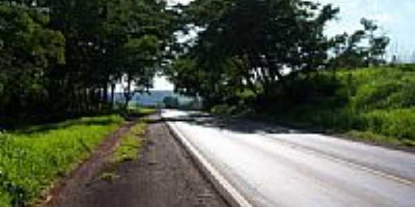 Rodovia em Santa Cruz da Esperança-Foto:Semeão.