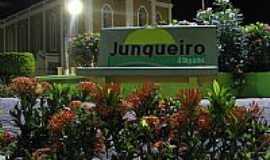 Junqueiro - Praça em Junqueiro foto , por Emilio León