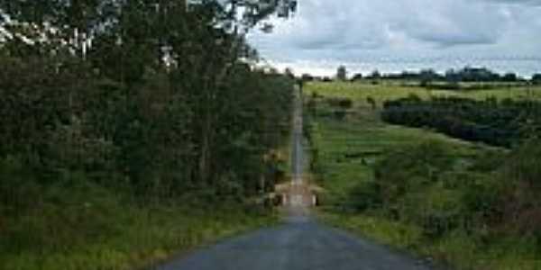 Estrada Vicinal-Foto: M.M.C