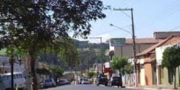 Avenida Hum, Por Francisco