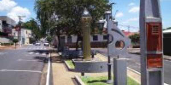 Praça Vereador Manoel Alonso Artur, Por Francisco Rocha Neto