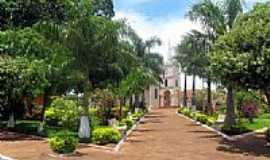 Santa Isabel do Marinheiro - Praça e Igreja-Foto:hvaleiro