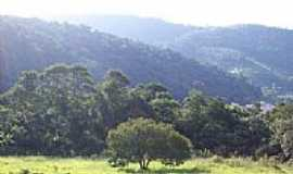 Santana de Parna�ba - Montanhas pr�ximo ao Bairro Colinas do Anhanguera-Foto:Jadeon Basilio de Fr�