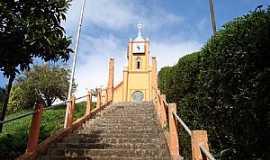 Santo Antônio do Pinhal - Santo Antônio do Pinhal-SP-Escadaria da Matriz de São José-Foto:denise braga