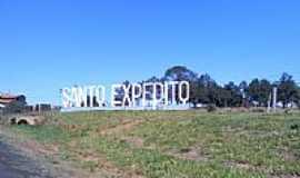 Santo Expedito - Entrada da cidade