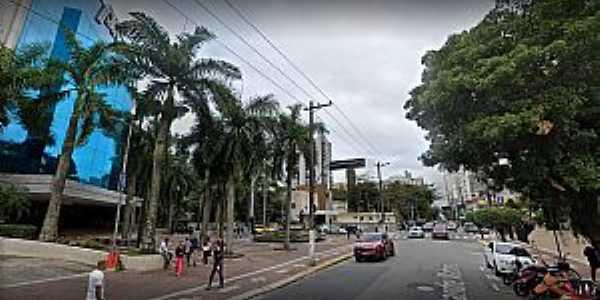 Praiamar Shopping - Rua Alexandre Martins