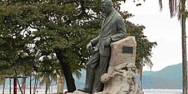 Santos-SP-Monumento de Vicente de Carvalho no Jardim da Orla-Foto:DIEGO BRIGIDO