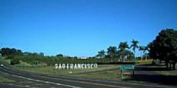 Trevo de São Francisco por Cleber Ruiz