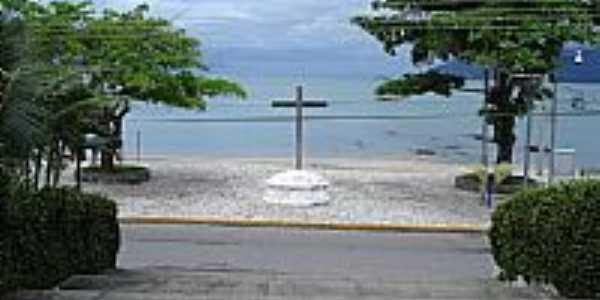 São Francisco da Praia-SP-Cruzeiro na Praça do Convento-São Sebastião-Foto:Cris Campanella
