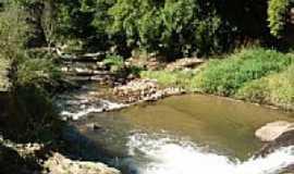 S�o Jos� do Barreiro - 1� Cachoeira pr�xima ao Club dos 200 em S�o Jos� do Barreiro-SP-Foto:Alexandre Germano