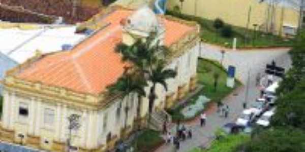 COI-Centro de Operações Integradas antiga Câmara Municipal, Por Josefa Lacerda