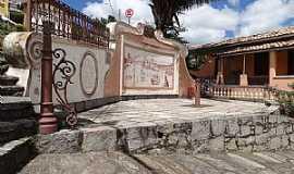 São Luiz do Paraitinga - São Luiz do Paraitinga-SP-Chafariz no Largo do Teatro-Foto:Daniel Souza Lima