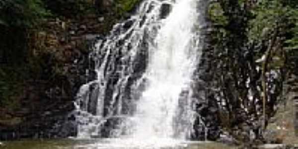 Cachoeira Pavuna-Foto:Camila Tirapelli