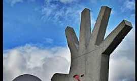 São Paulo - São Paulo-SP-Monumento no Memorial da América Latina-Foto:AntonioJVidaL