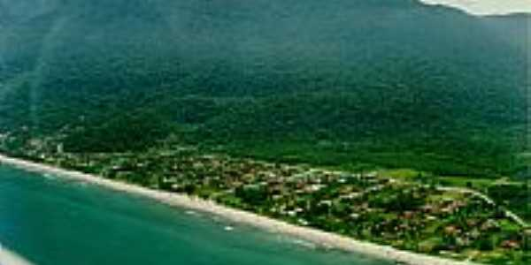 Vista aérea da Praia de Guaecá em São Sebastião-SP-Foto:Bruno.Rocha