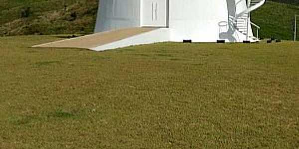 Imagens da cidade de São Sebastião da Grama - SP - Obra de Oscar Niemeyer