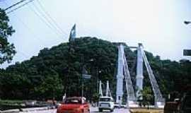 São Vicente - Ponte Pênsil e Morro dos Barbosa em São Vicente-Foto:Jefferson França