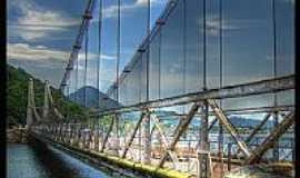 S�o Vicente - Ponte P�nsil em S�o Vicente-Foto:AntonioJVidaL
