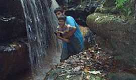 Sarutaiá - Cachoeira em Sarutaia por otanerdp