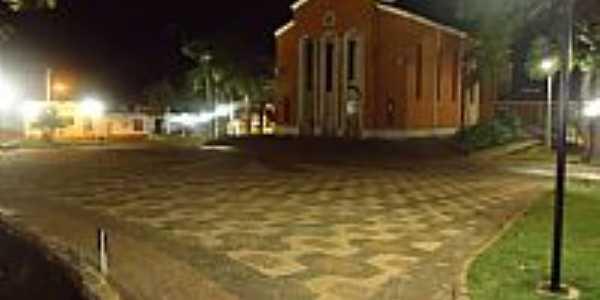 Serrana-SP-Vista noturna da Matriz-Foto:Alex Sandro Bezerra