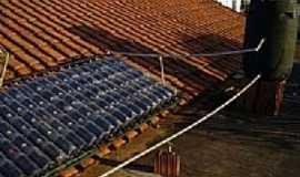 Severínia - Aquecedor solar de garrafas pet-Foto:Silaseduamer