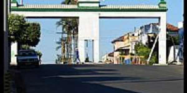 Pórtico de entrada de Severínia-Foto:Rodrigo_Duarte