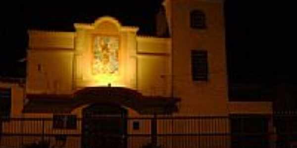 Igreja vista noturna-Foto:Ro Fort