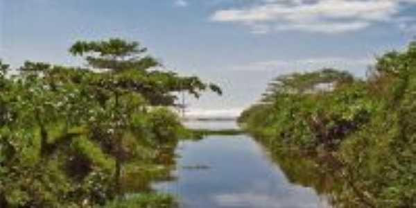 Rio Itinga desembocando no Mar, Por Valmirez
