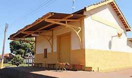 Suinana - Suinana-SP-Antiga Estação Ferroviária-Foto:gustavo_asciutti