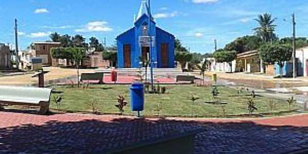 Ribeira do Pombal-BA-Praça e Matriz no Povoado Feira da Serra-Foto:povopombalagenda-positiva