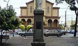Sumaré - Cristo na Praça da Matriz de Sumaré-SP-Foto:Paulo Humberto