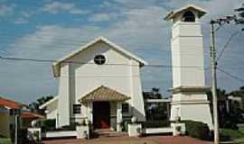 Sumar� - Igreja Matriz de Vila Flora em Sumar�-SP-Foto:L.M.Siqueira