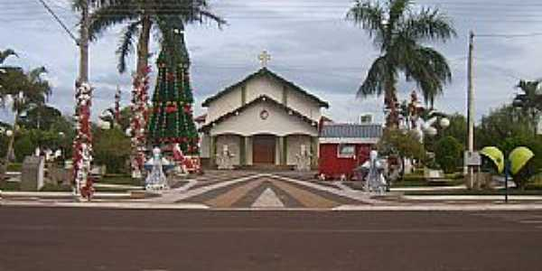 Suzanópolis-SP-Igreja Matriz com motivos Natalinos-Foto:Engº Antonio Zizas Junior