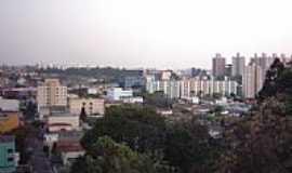 Tabo�o da Serra - Vista da cidade-Foto:Mariano Viveiros