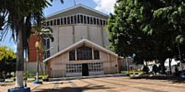 Tambaú-SP-Santuário N.Sra.Aparecida do Padre Donizetti-Foto:S Vick