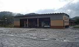 Tapiraí - Terminal Rodoviário Foto: João Savioli