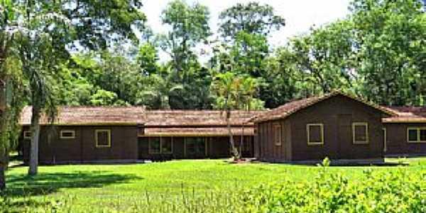 Teodoro Sampaio-SP-Alojamento no Parque Estadual Morro do Diabo-Foto:Ricardo Mercadante