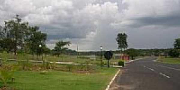 Via de acesso as Termas - Ibir�-SP-Brazil por Ailton L Gouveia