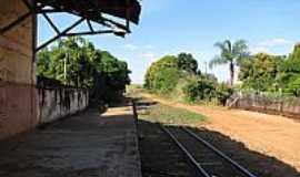Tibiriçá - Plataforma da Estação Ferroviária de Tibiriça-Foto:gustavo_asciutti