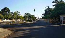 Trabiju - Avenida-Foto:Pedro Aguinaldo