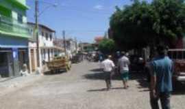 Rio do Ant�nio - Rua Ibitira - dia de feira, Por Silvano Lima