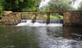 Rio do Ant�nio - po�o de maria am�lia, Por silvano