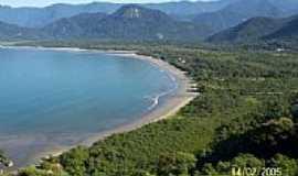 Ubatuba - Praia de Ubatumirim foto Le�nidas Galv�o de A